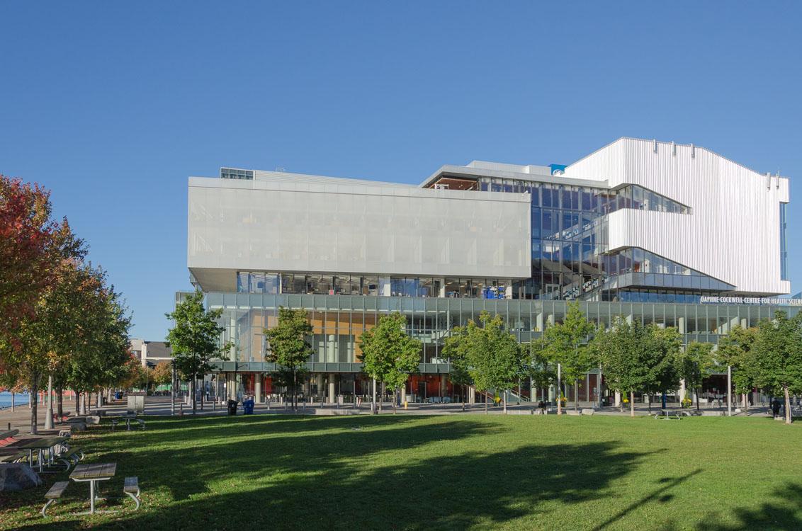 Chuyên ngành và học phí tại George Brown College - Du Học SOS Canada